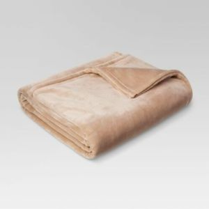Threshold Microplush Beige Bed Blanket Full /Queen